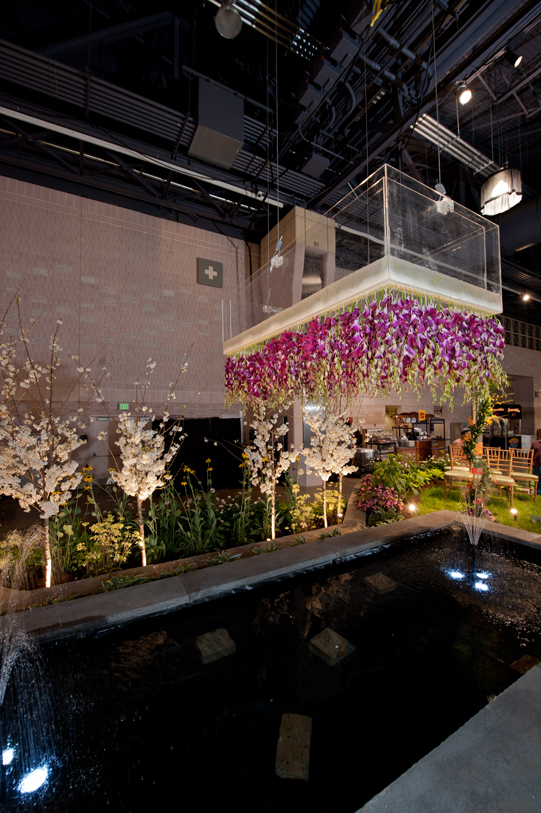 Sullivan-Owen-Philadelphia-Flower-Show-2012-Flower-Orchid-Chandelier