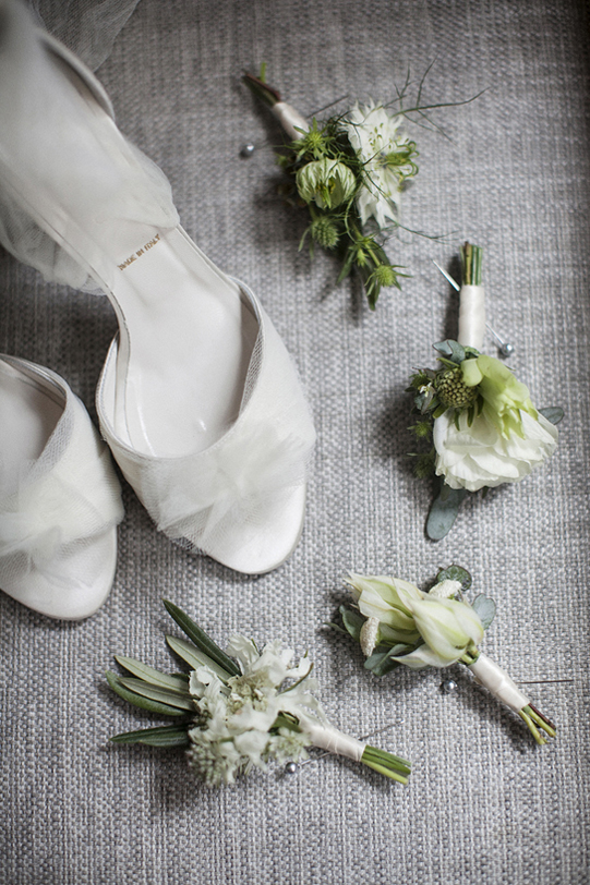 Sullivan-Owen-Philadelphia-Wedding-Florist-White-Green-Lovemedo-1