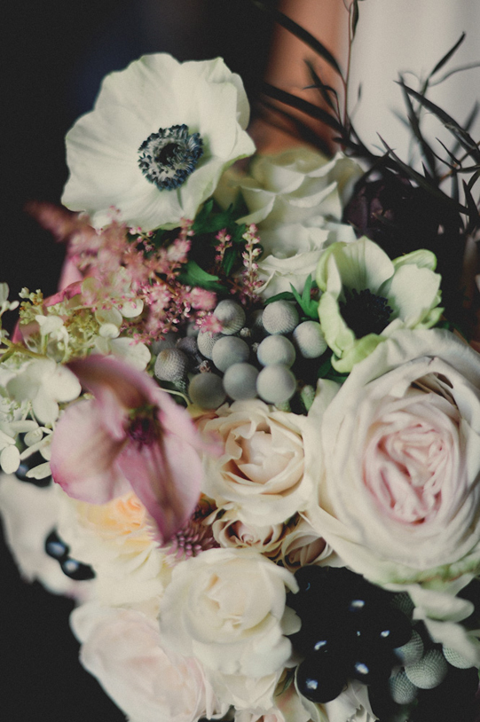 Sullivan-Owen-Philadelphia-Wedding-White-Gray-Black-Blush-Bouquet-3