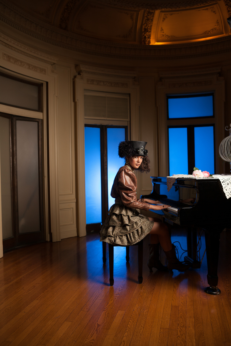 Playing Piano | Glorietta Bay Inn, Coronado