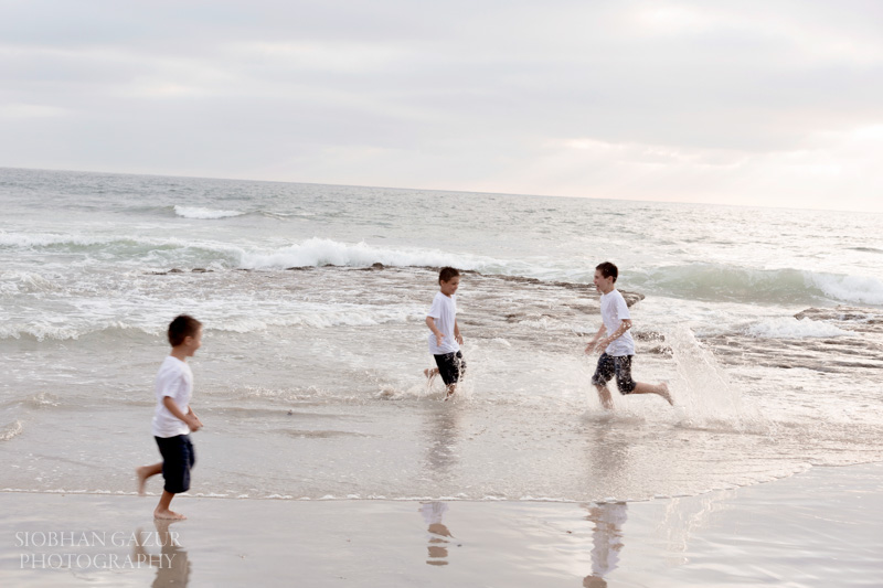San Diego Family Portraits, La Jolla and Solana Beach Photo Session | Boys Playing