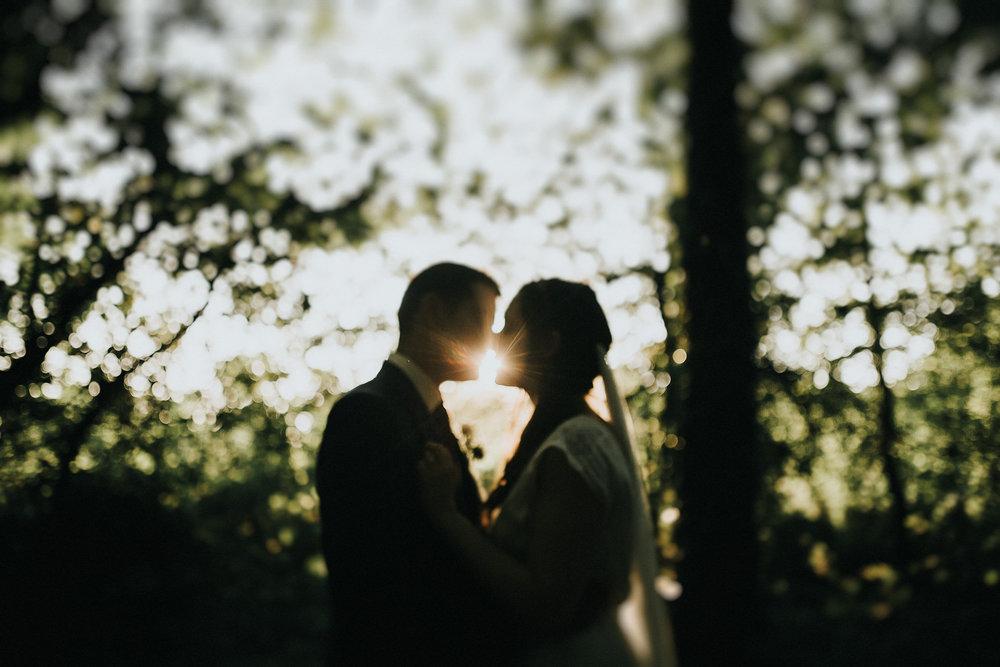 je suis partie de bordeaux direction nantes pour couvrir ce super mariage au inspiration boheme et champêtre, des mariés entourés de leur famille et amis , steven bassilieaux photograge de mariage sur bordeaux.