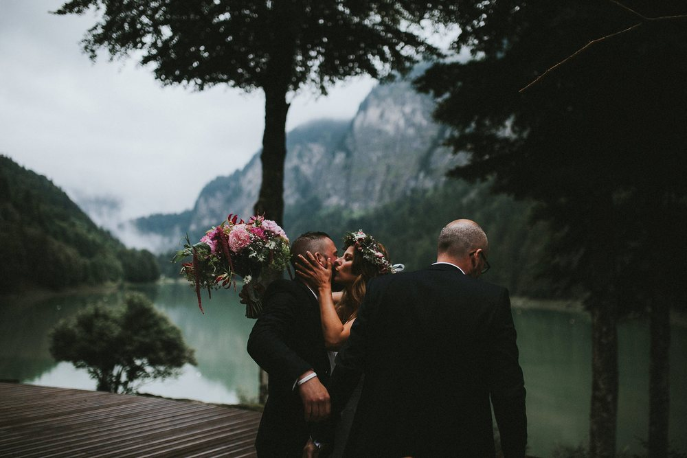 mariage-suisse-haute-savoie-domaine-baron-steven-bassillieaux-bordeaux-dordogne-wedding-photographe-53.jpg