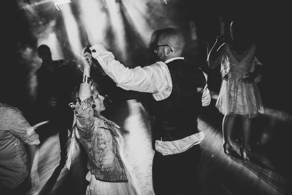 mariage-suisse-haute-savoie-domaine-baron-steven-bassillieaux-bordeaux-dordogne-wedding-photographe-75.jpg