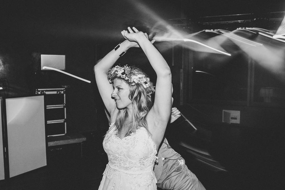 mariage-suisse-haute-savoie-domaine-baron-steven-bassillieaux-bordeaux-dordogne-wedding-photographe-97.jpg