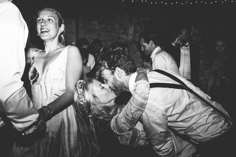 wedding-photographer-dordogne-gironde-bordeaux-france-steven-bassilieaux-photographe-mariage-151.jpg