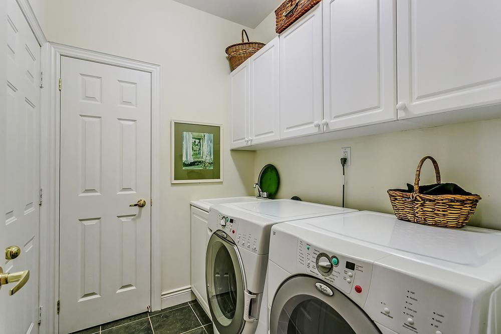 280 Morden laundry.jpg