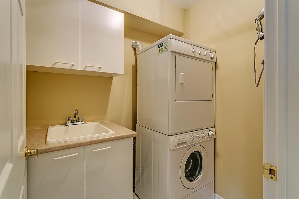 200 John St laundry.jpg