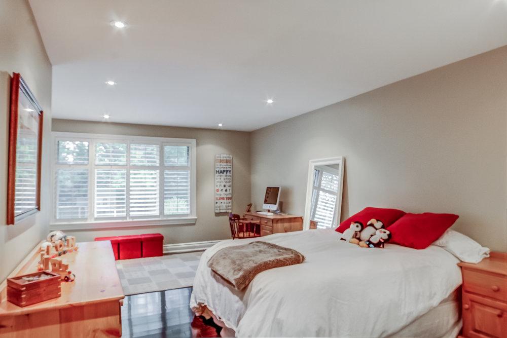 170 Bedroom.jpeg