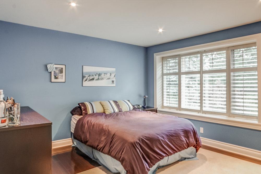 180 Bedroom.jpeg