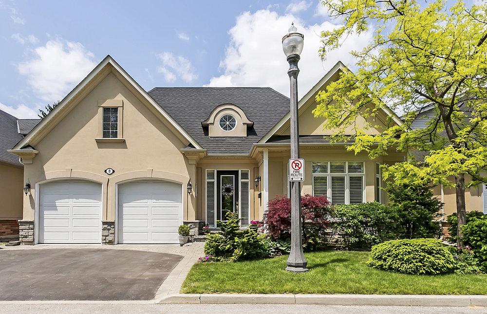 8-128 Morden Road, Oakville - Sold