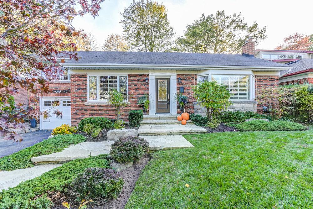 376 River Side Dr, Central Oakville - Sold