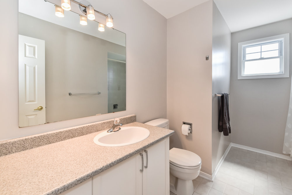 260 Main Bath Galena Cr 2144_ (34).jpg