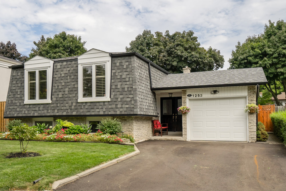1253 RICHARDS CRESCENT, COLLEGE PARK, OAKVILLE