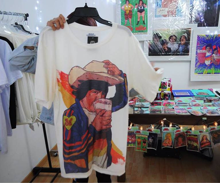 Polo 'CHAPULÍN EL DULCE'   · Color Blanco · Tallas: M - L - XL Precio: 60 soles EN STOCK