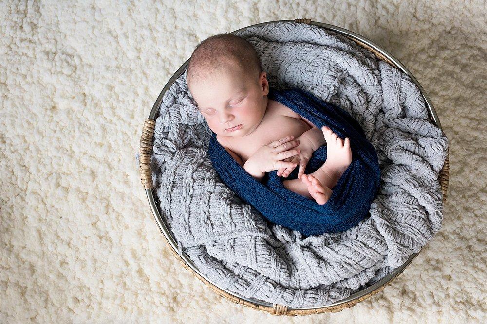 Ashton Newborn-47_WEB.jpg