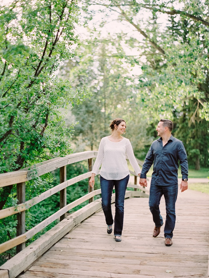Calgary Wedding Photographer | Justine Milton Photography | Destination Wedding Photographers | Confederation Park Engagement Session
