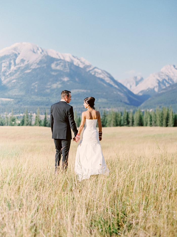 Wedding at Silvertip Resort in Canmore Alberta | Milton Photography | Destination Wedding Photographer