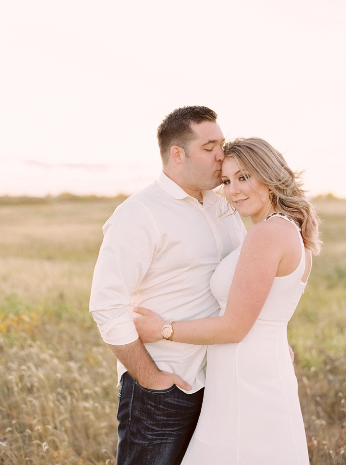Nose Hill Park Engagement Session | Calgary Wedding Photographers | Justine Milton Photography