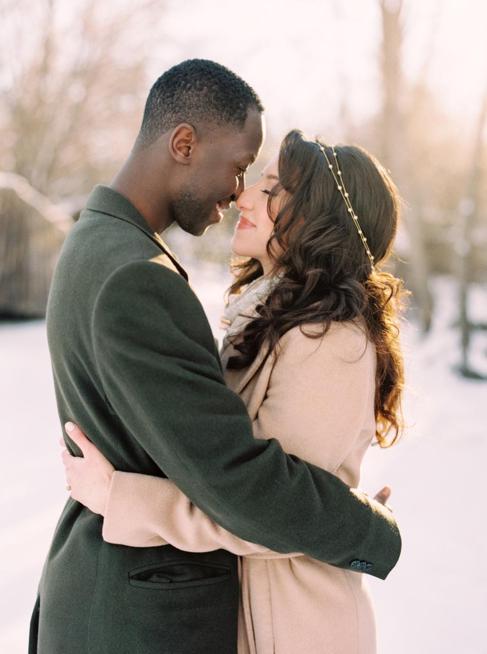 Calgary Wedding Photographers | Winter Engagement Session | Confederation Park