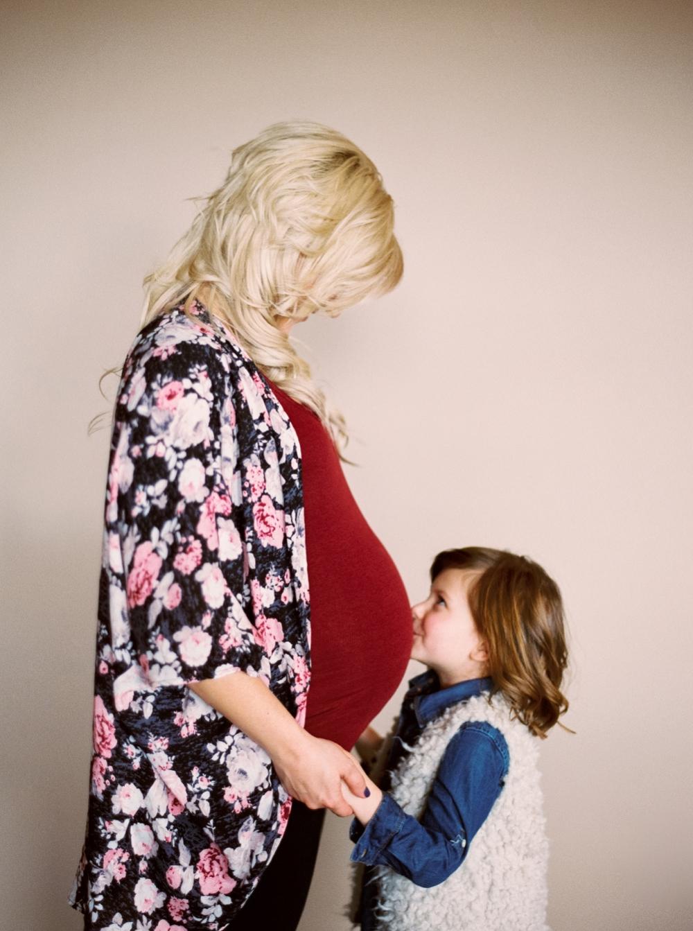 Calgary family photographer | Wedding blogger | Calgary wedding planner