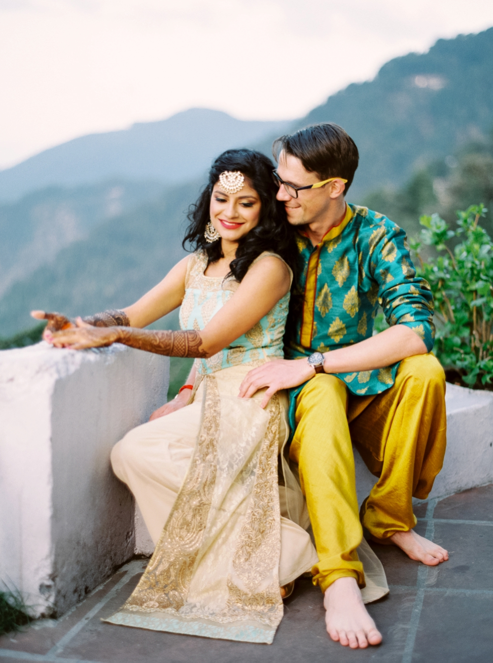 India wedding photographer | Mehndi | Henna | East Indian Wedding | Mountain Wedding Photographers