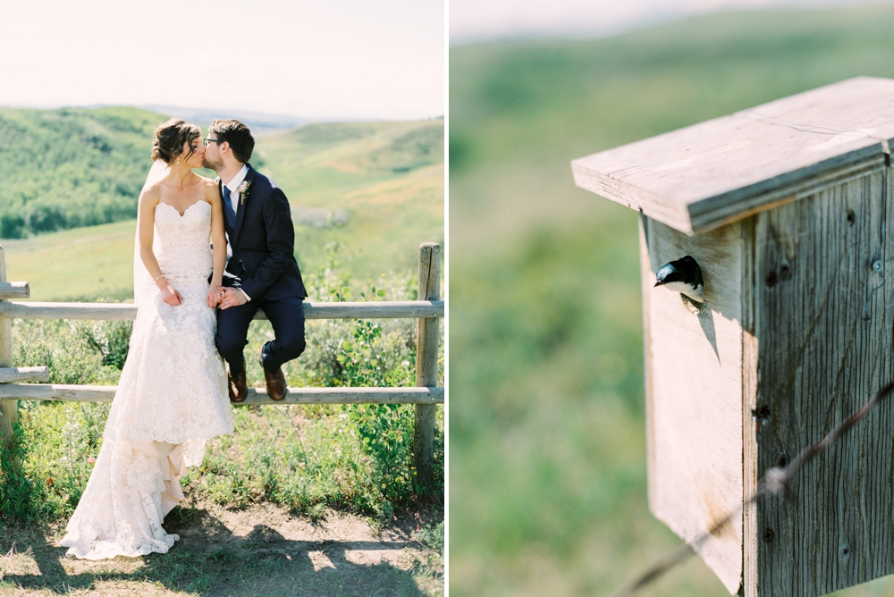 Calgary Wedding Photographers | Cochrane Ranchehouse Wedding | Cochrane wedding photography | Country wedding | outdoor wedding ceremony