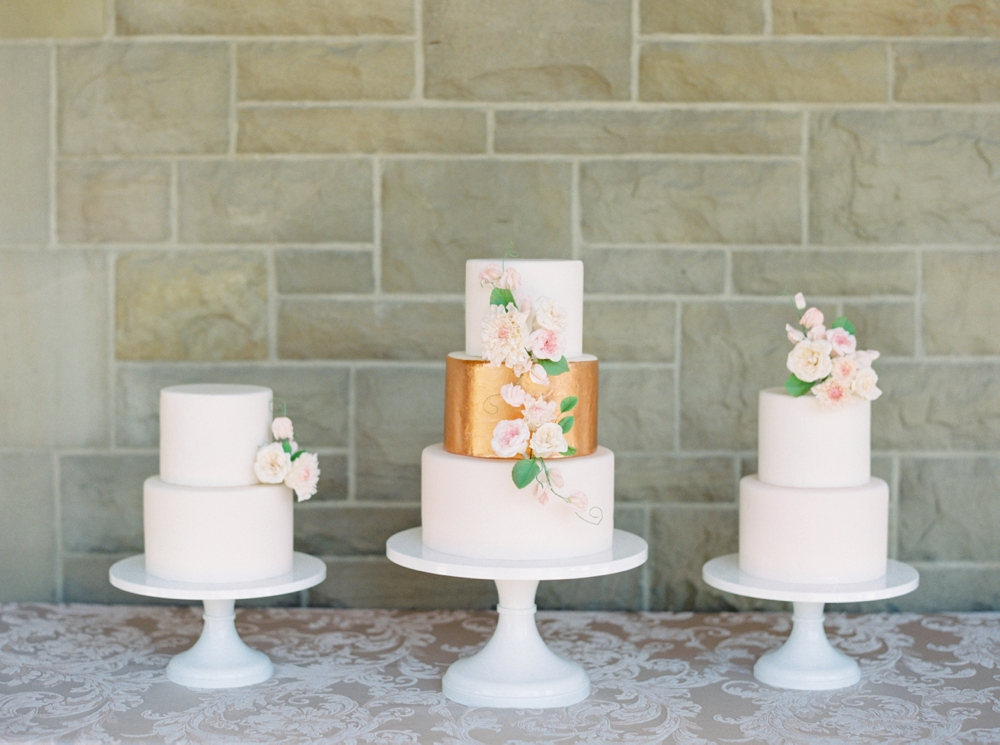 Calgary Wedding Photographers | Editorial Wedding Shoot | Organic Fine Art Film Wedding Inspiration | The Well Styled Life Brianne Gabriel Cakes