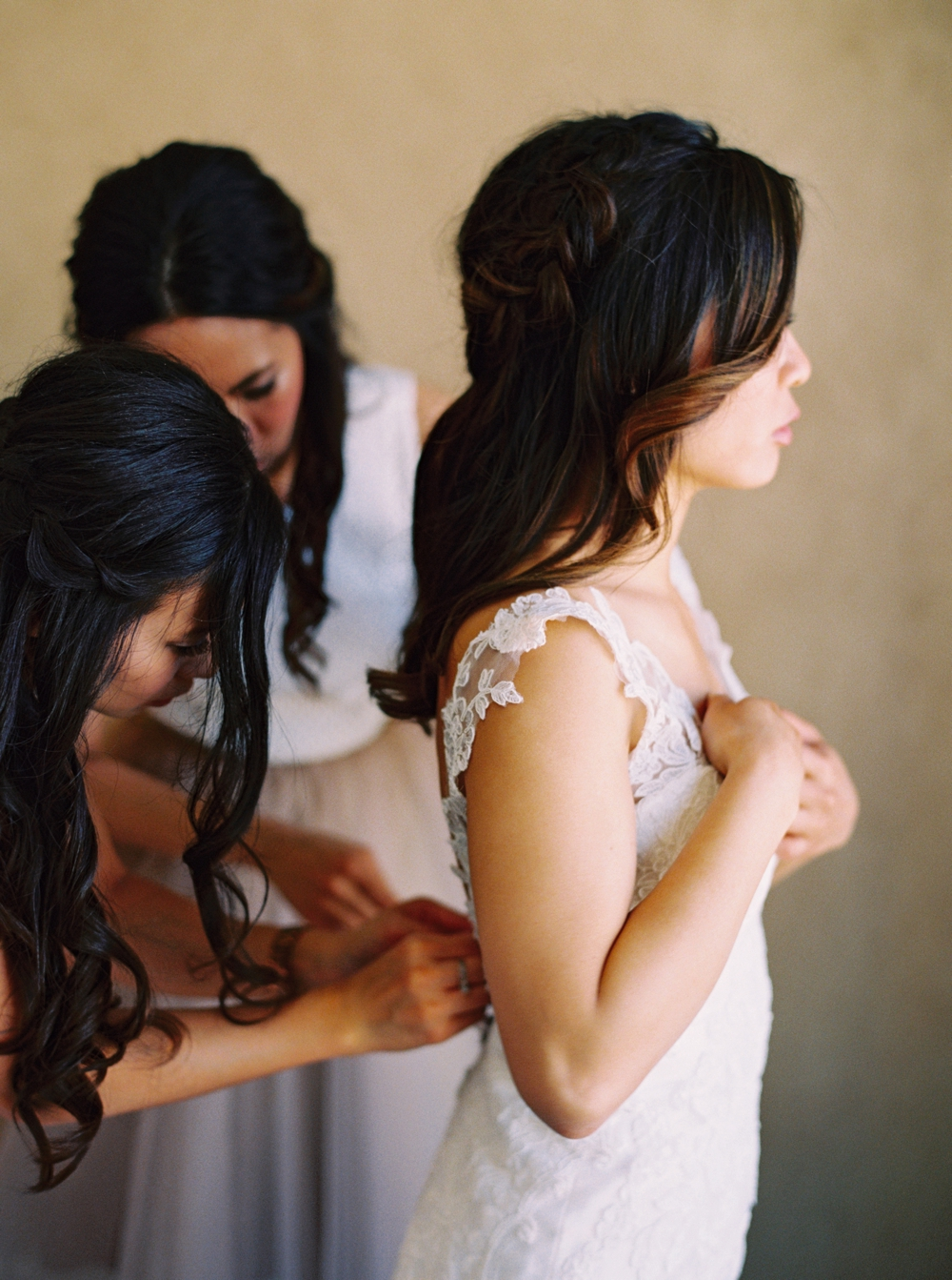 Calgary Wedding Photographer | Meadow Muse Pavilion Wedding | Canmore Photographers | Bride Getting Ready Photos