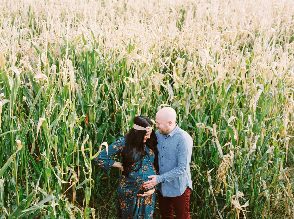 Calgary Maternity Photographers | Fall Maternity Session | Fine Art Film Photographer | Fashion Blogger Convey The Moment