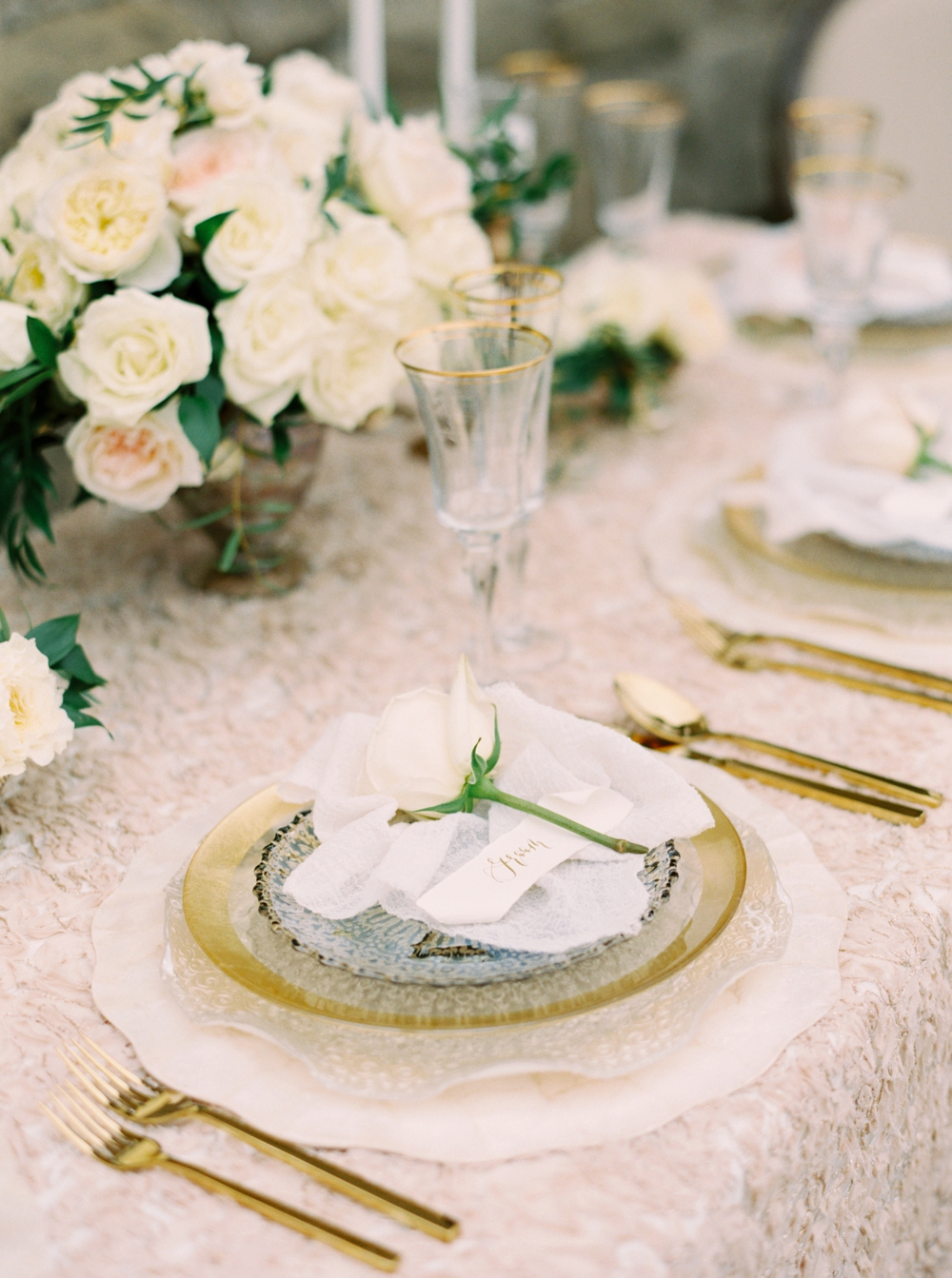 Calgary Wedding Photographers | Julianne Young Weddings | The Well Styled Life | Table Decor