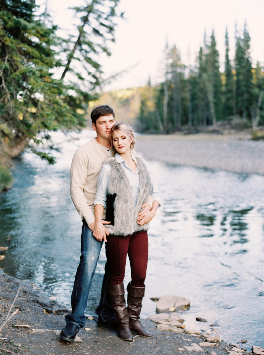 Calgary Wedding Photographers | Bragg Creek Anniversary Photos | Puppy | Photosession with dogs