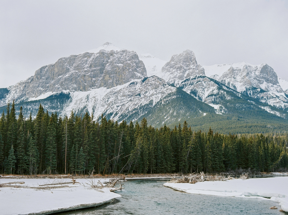 Calgary Wedding Photographers | Elopement photographer | Rocky Mountain Banff Engagement Session | Justine Milton Photography
