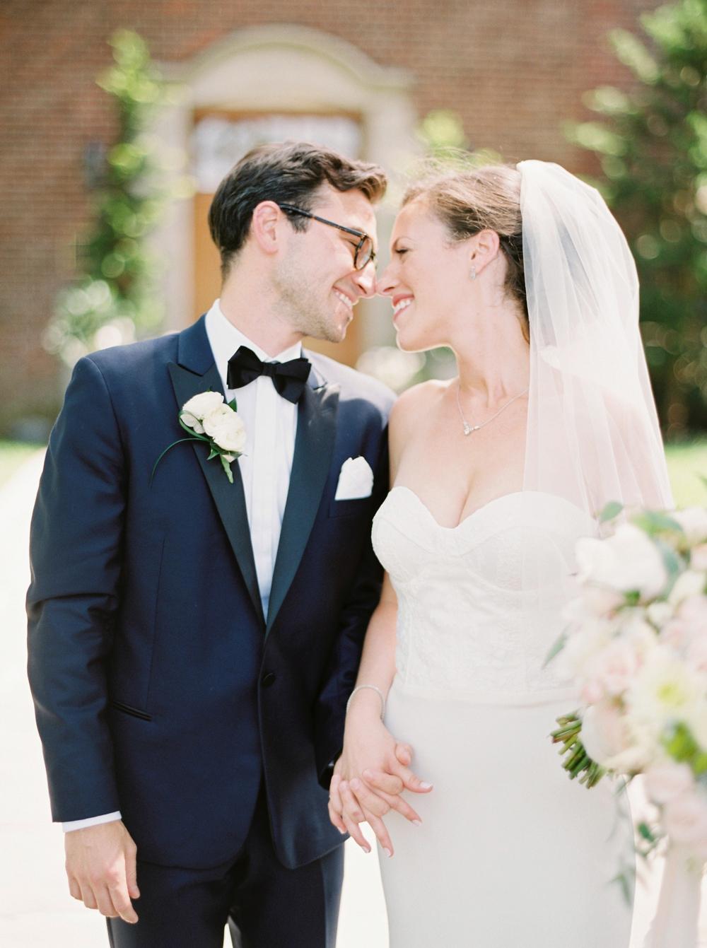 Calgary_wedding_photographers_0417.jpg