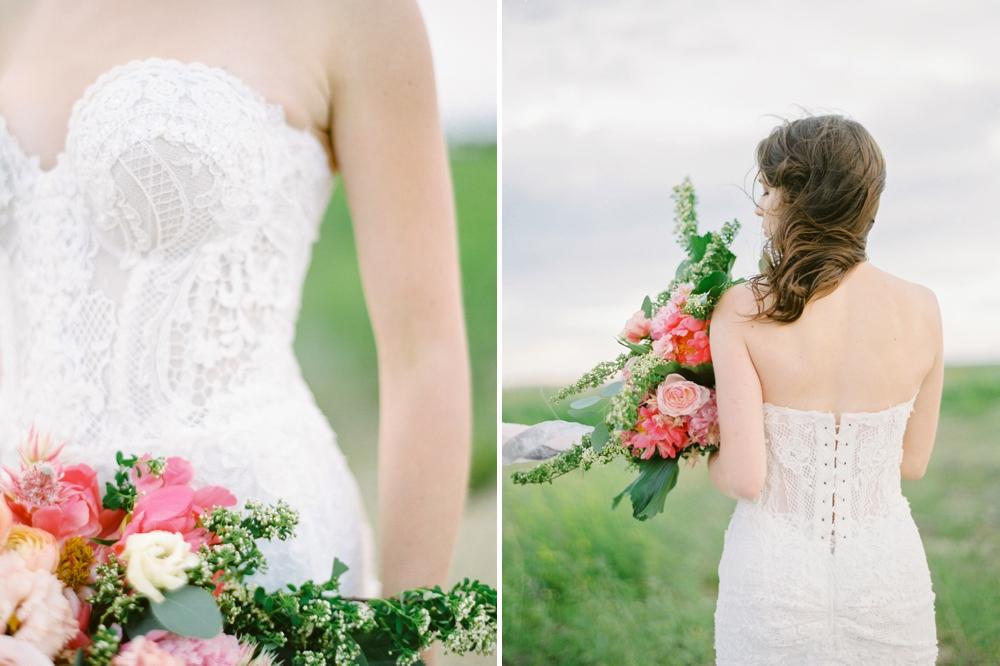 Edmonton wedding photographers | stunning overhanging tree location | pink bridal bouquet | galia lahav wedding dress inspiration | Justine Milton fine art film wedding photographer
