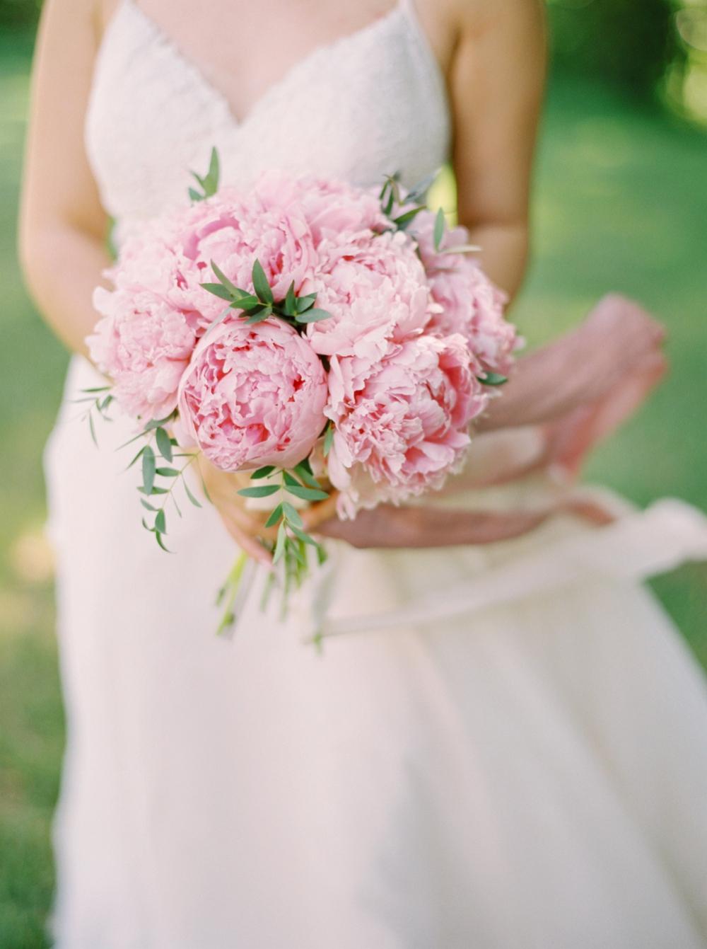 Bridal portrait pink peony bouquet | BHLDN wedding dress | Justine milton fine art wedding photographers | calgary wedding at the lake house