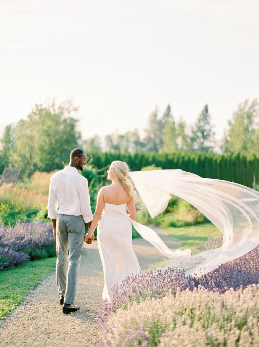 Lavender Fields | Kelowna Wedding and elopement photographer | Justine Milton Photography