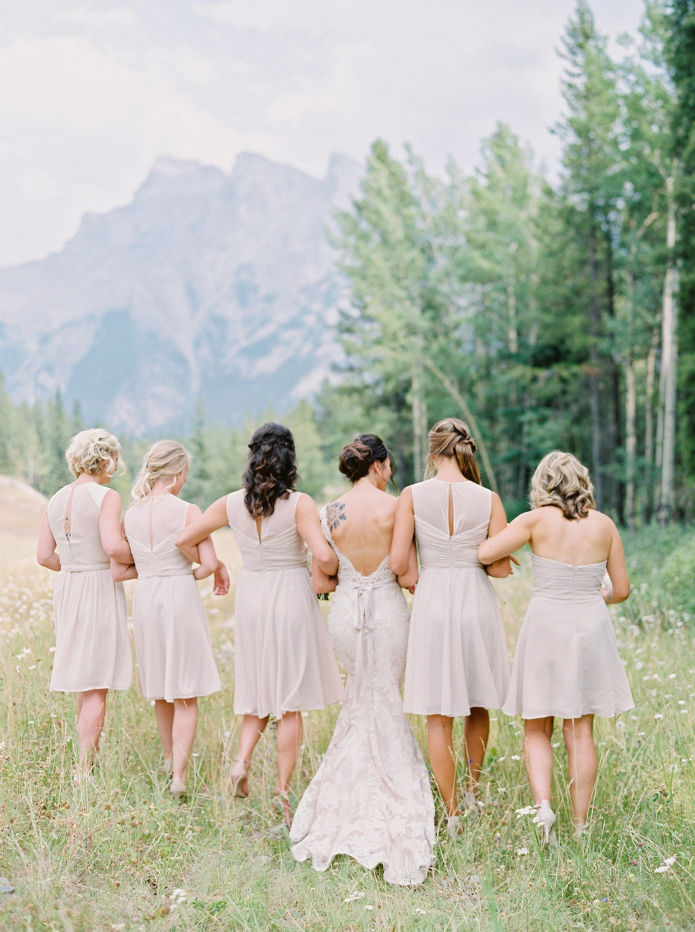 nude brides maids dresses | Banff springs wedding photographers | fairmont banff rocky mountain wedding | Justine Milton fine art film Photography