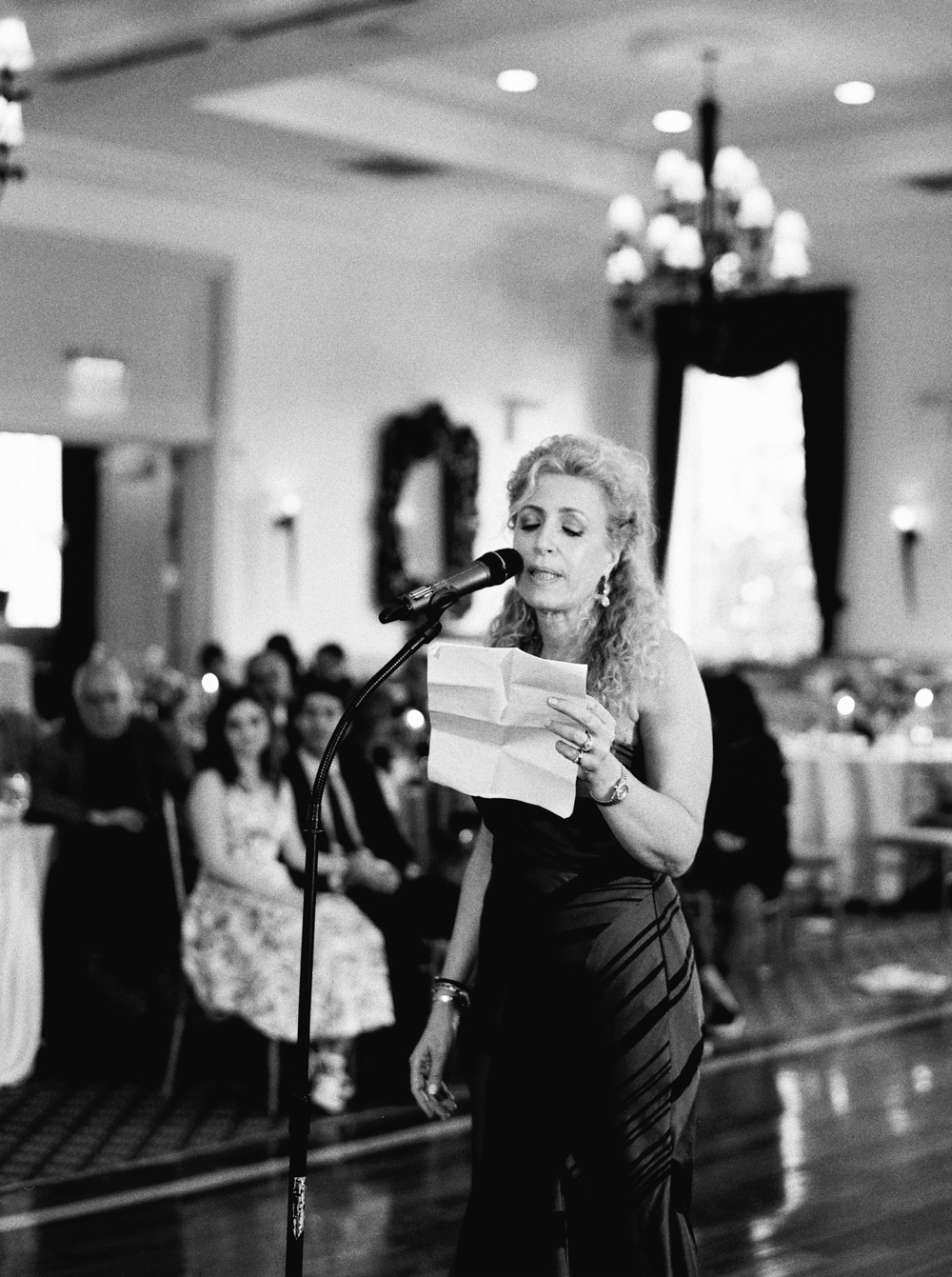 Reception | Jewish Wedding | New York Wedding Photographers | Brooklyn Dyker Heights Golf course | Justine Milton fine art film wedding photographers