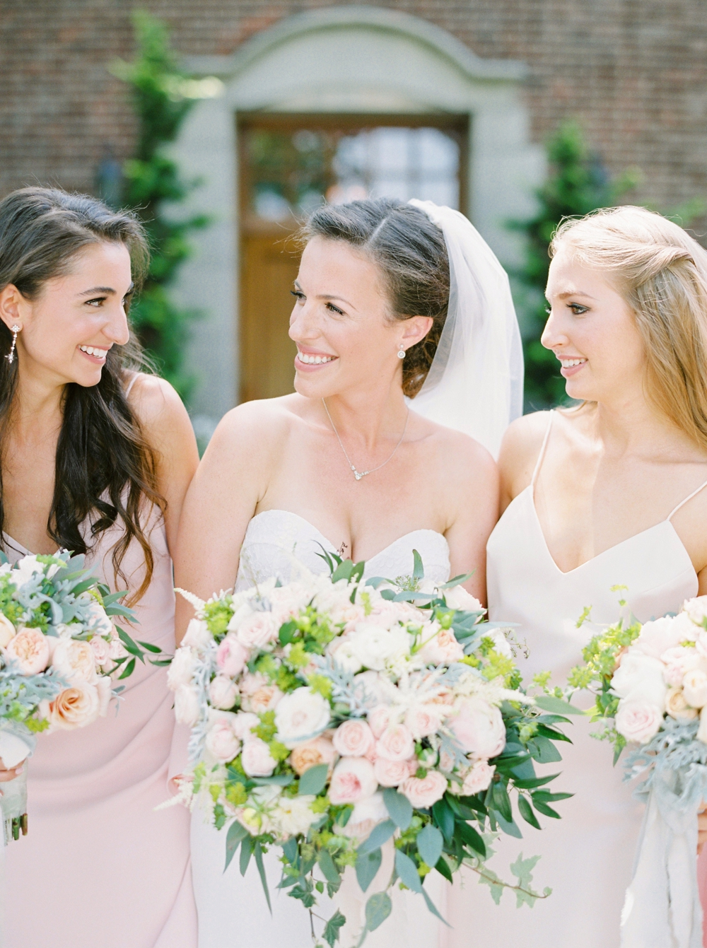 bride and bridesmaids | Jewish Wedding | New York Wedding Photographers | Brooklyn Dyker Heights Golf course | Justine Milton fine art film wedding photographers