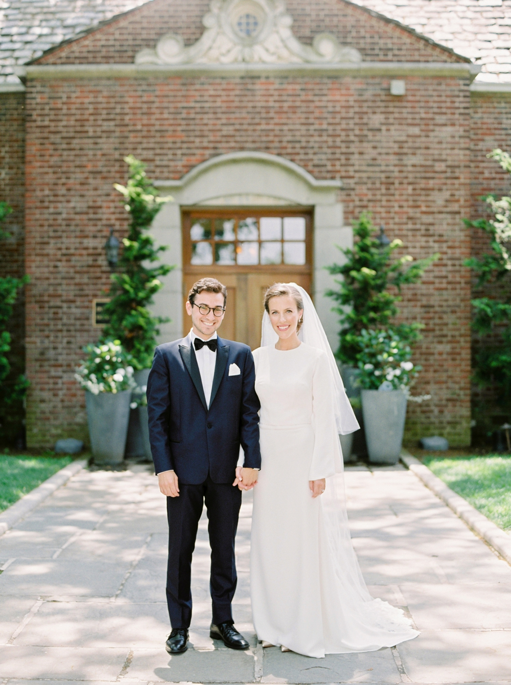 bride and groom portraits | Jewish Wedding | New York Wedding Photographers | Brooklyn Dyker Heights Golf course | Justine Milton fine art film wedding photographers