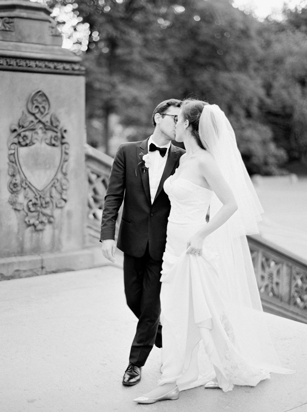 bride and groom portraits | Jewish Wedding | New York City Central Park | Wedding Photographers | Brooklyn Dyker Heights Golf course | Justine Milton fine art film wedding photographers