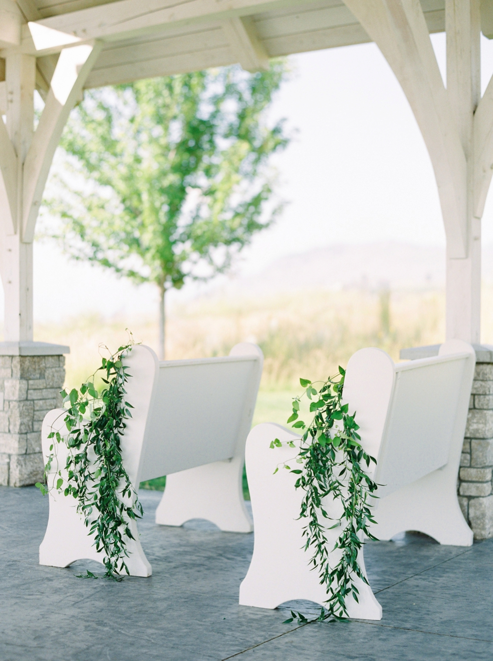 Sanctuary Gardens Kelowna Wedding | Elopement Photography | Wedding Ceremony decor | Justine Milton Fine Art Film Wedding Photographers