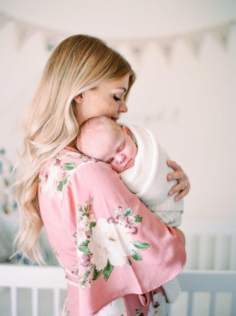 Calgary Newborn Film Photographers | Calgary lifestyle family sessions | Justine Milton Photography