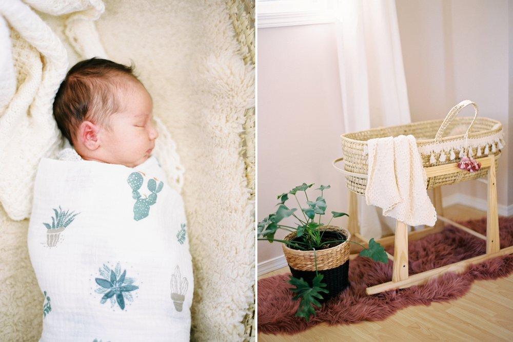 Calgary Newborn Family Photographers_0039.jpg