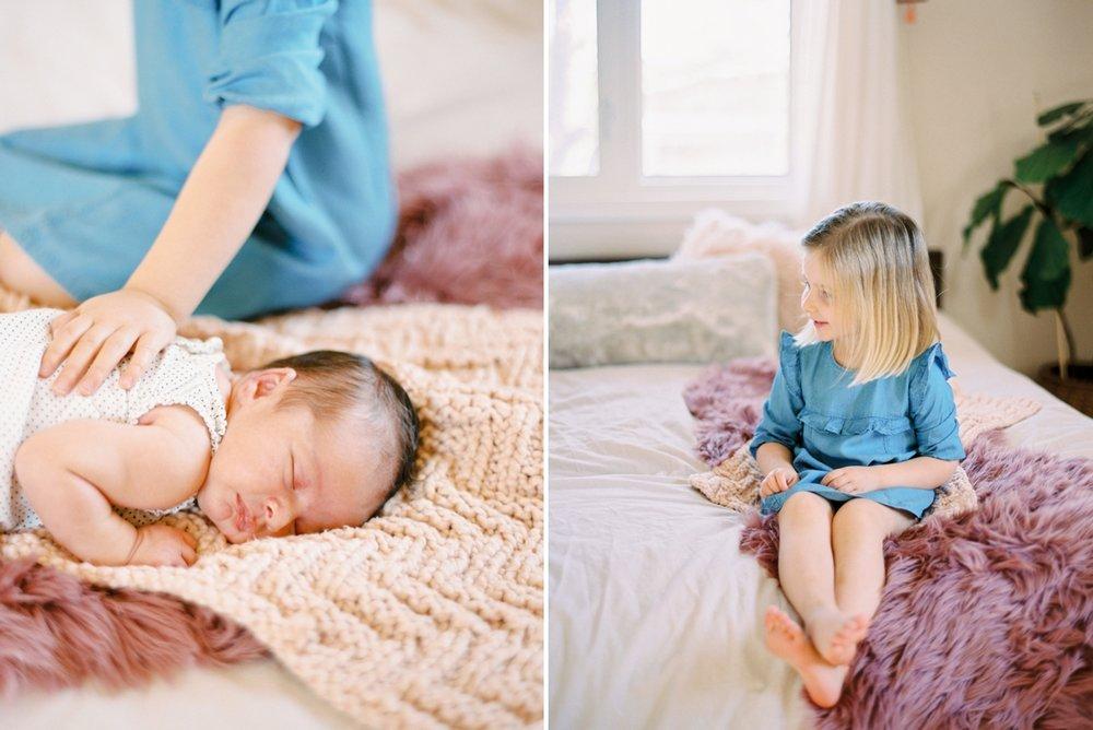 Calgary Newborn Family Photographers_0061.jpg