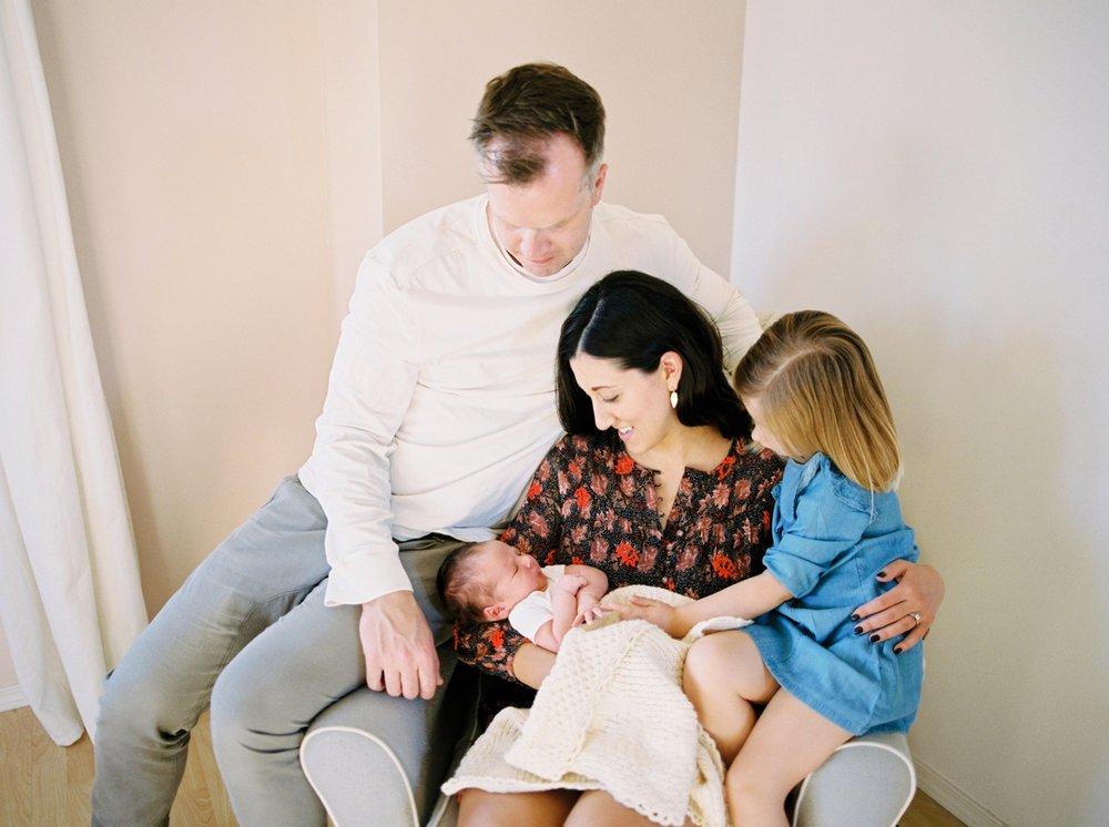 Calgary Newborn Family Photographers_0067.jpg