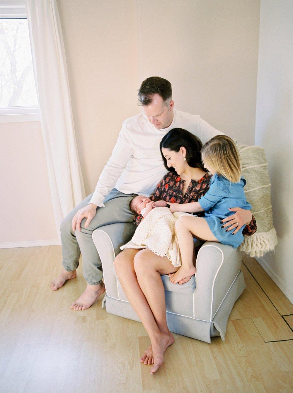 Calgary Newborn Family Photographers_0066.jpg