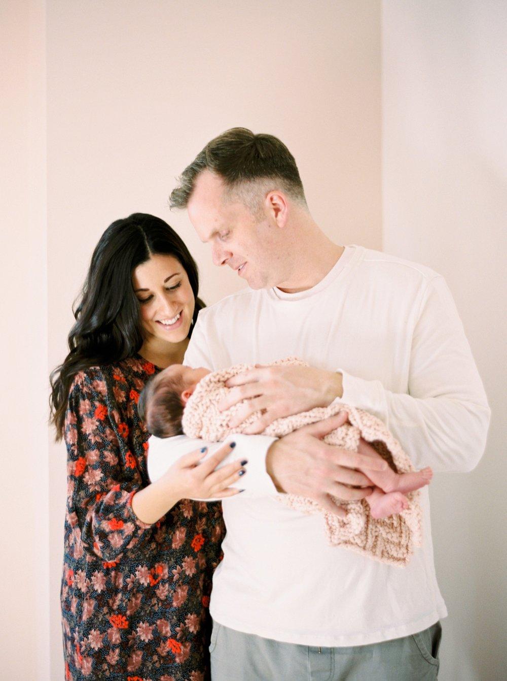 Calgary Newborn Family Photographers_0068.jpg