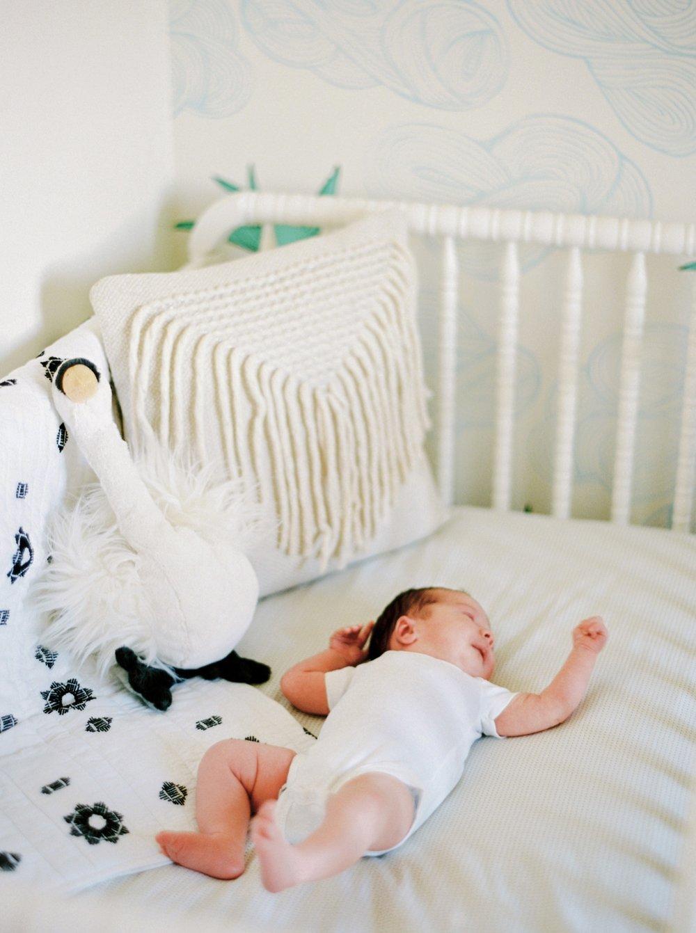 Calgary Newborn Family Photographers_0070.jpg